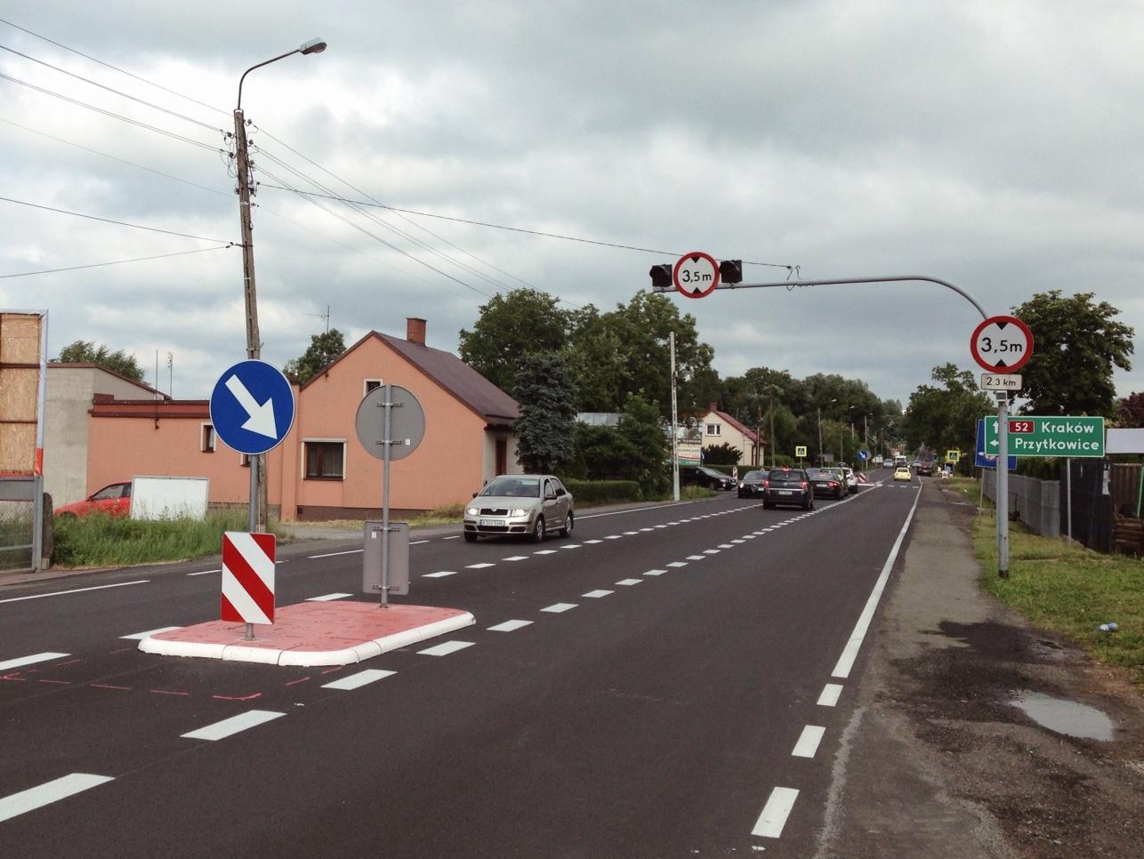 Lewoskręt na ul. Wałową już udrożnił ruch, a niebawem całe skrzyżowanie zostanie przebudowane.