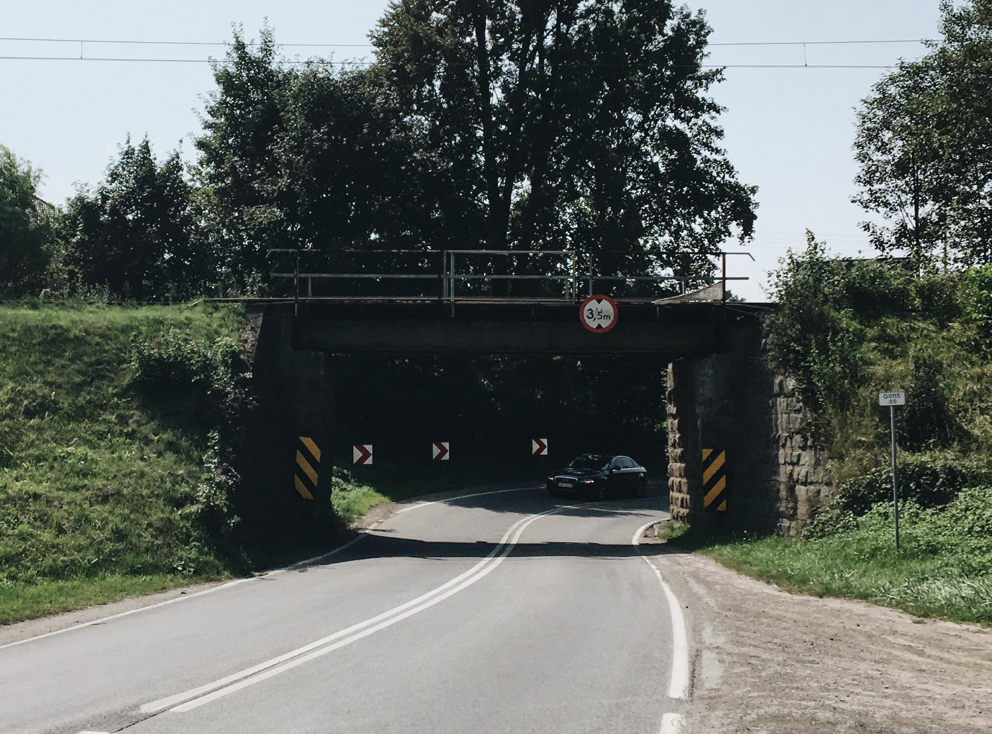 Wielu myślało, że tego już nie doczeka. Znika wiadukt w Kleczy!